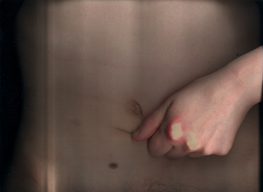 stomach-hand 2